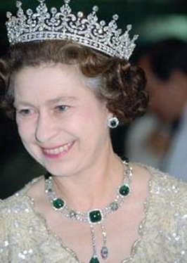 Queen Elizabeth II in the Delhi Durbar Necklace