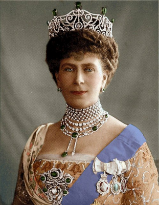 a colorized image of the new empress of india