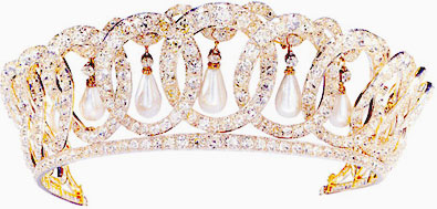 the grand duchess vladimir tiara hung with 15 pearls rather than emeralds