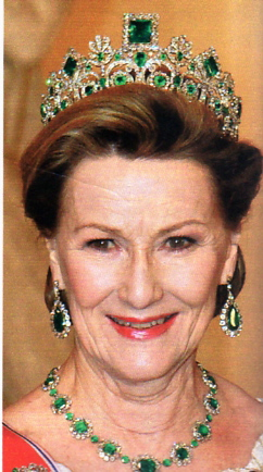 Queen Sonja wears Empress Josephine's Emerald Tiara at the Ruby Jubilee in Denmark