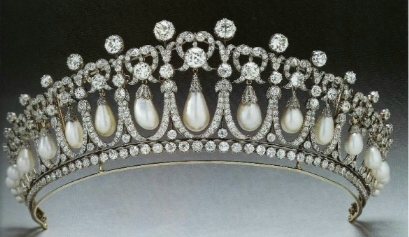 Cambridge Lovers Knot Tiara
