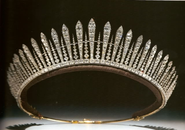 Princess Mary's fringe tiara ca 1922
