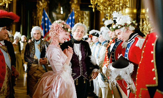 Marie Antoinette presents chaplets to returning heros of the American Revolution