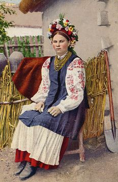 woman in a Ukrainian wreath