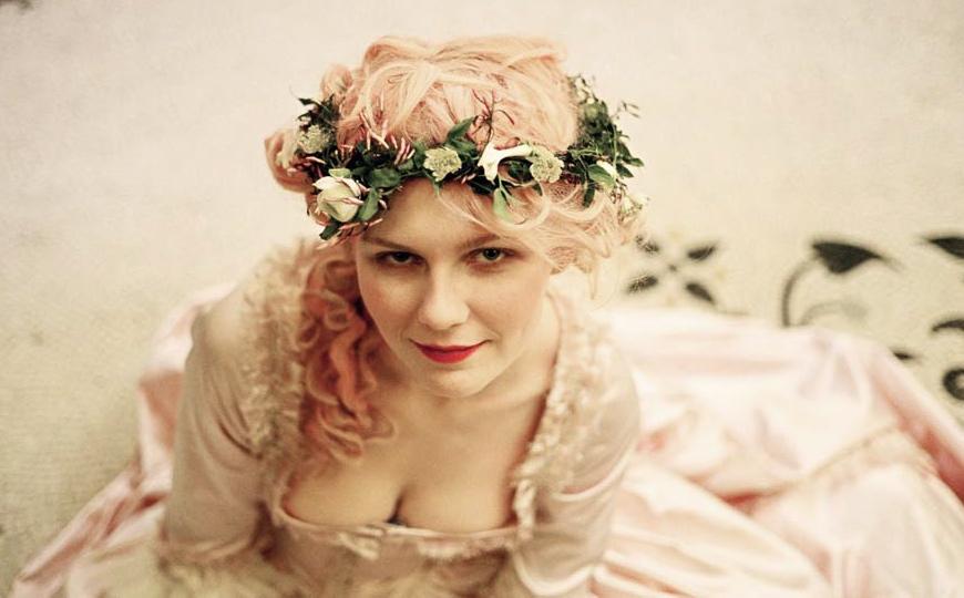 marie antoinette movie still, chemise a la reine and a chaplet