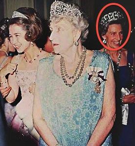 Sofía of Greee, Queen Ena and la infanta Beatríz wearing Ena's Aquamarine Tiara