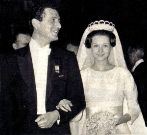 Olimpia de Torlonia in Ena's tiara at her wedding to Paul-Annik Weiller