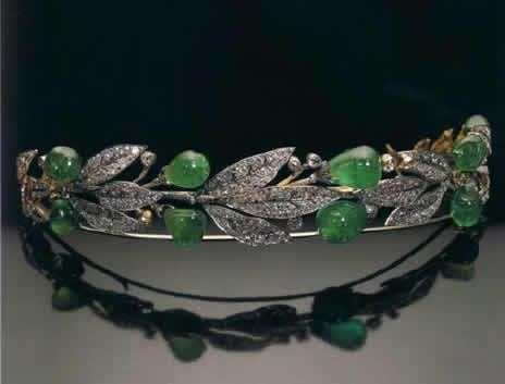 Emerald and Diamond Wreath Tiara