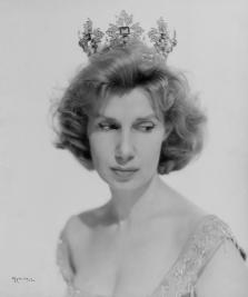 duquesa de alba en corona ducal duchess of alba in a ducal coronet