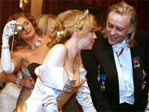 Francesca photo bombs Bob Geldof at 2008 Vienna Ball