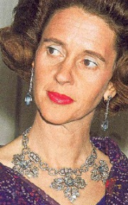 Queen Fabiola of Belgium Spanish Wedding Gift Tiara Necklace form