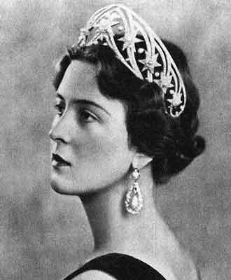 cecilie of greece and hesse in Hesse Star Tiara