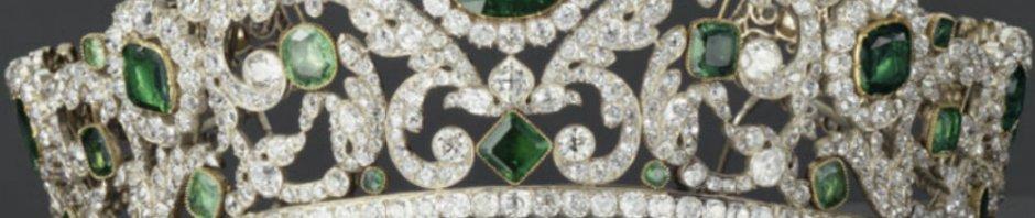 angouleme emerald tiara closeup
