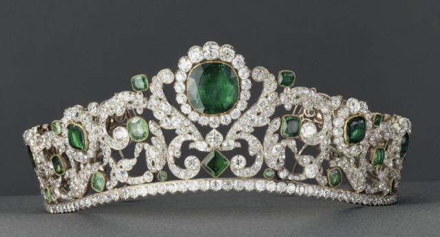 duchesse d'angouleme emerald and diamond tiara