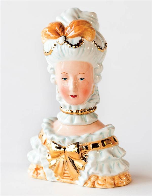 marie antoinette salt and pepper shaker