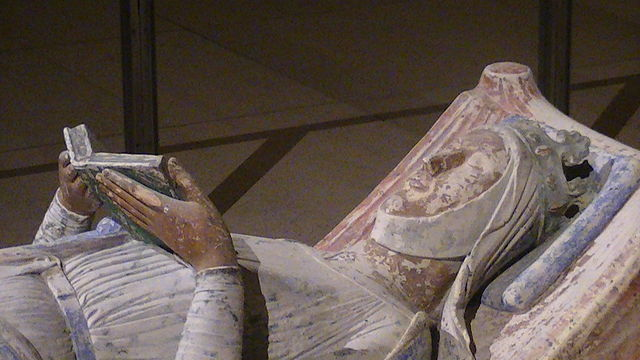Church of Fontevraud Abbey Eleanor of Aquitaine effigy