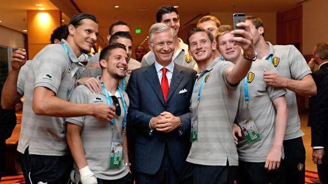 Belgium World Cup Squad takes selfie King Phillipe of Belgium selfie