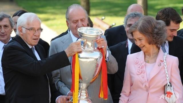 luis-aragones y los reyes 2008 euro copa