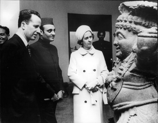 Baudouin and Fabiola at the museum