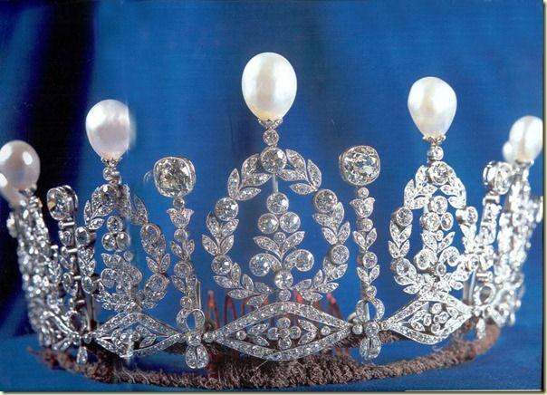 alba wedding tiara
