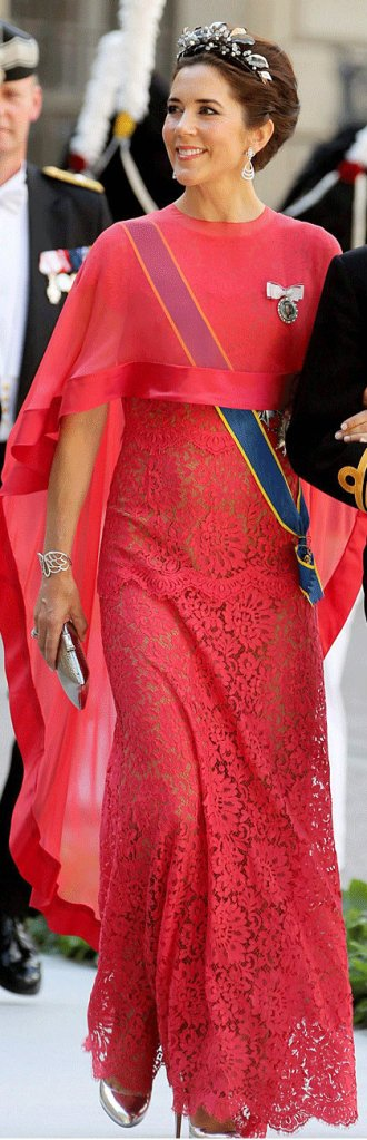 crown princess mary at princess madeleine's wedding