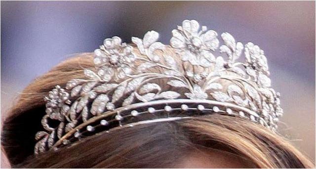 dagmar tiara