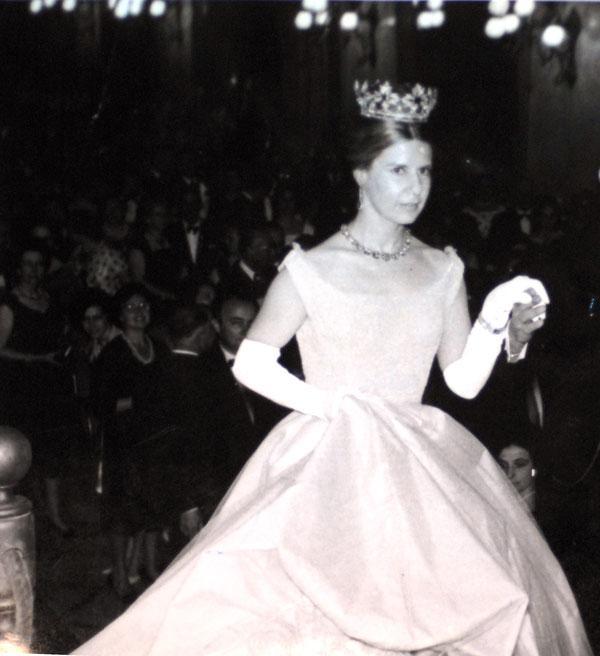 cayetana ducal coronet anos 50