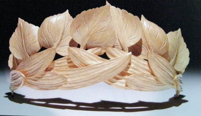 linley wooden tiara