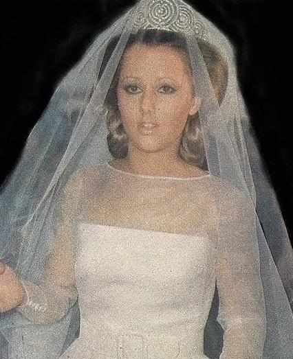 princess maria in la rusa alba tiara