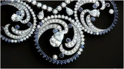 van cleef and arpels ocean spray necklace detail