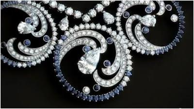 van cleef and arpels ocean spray necklace detail