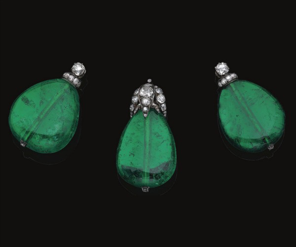 emeralds from Von Donnersmarchk tiara