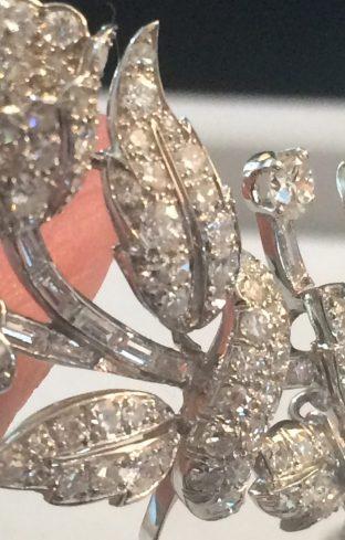 albania tiara detail