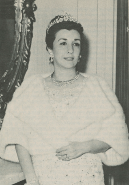 Momdouha wearing the Skanderbeg tiara